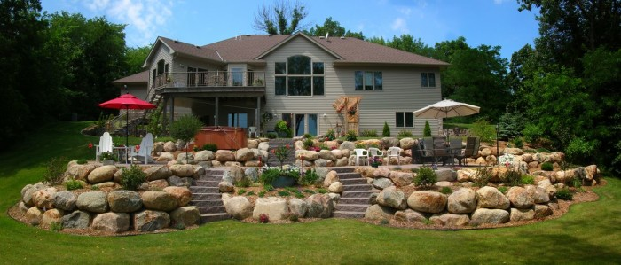 boulder retaining wall Minneapolis