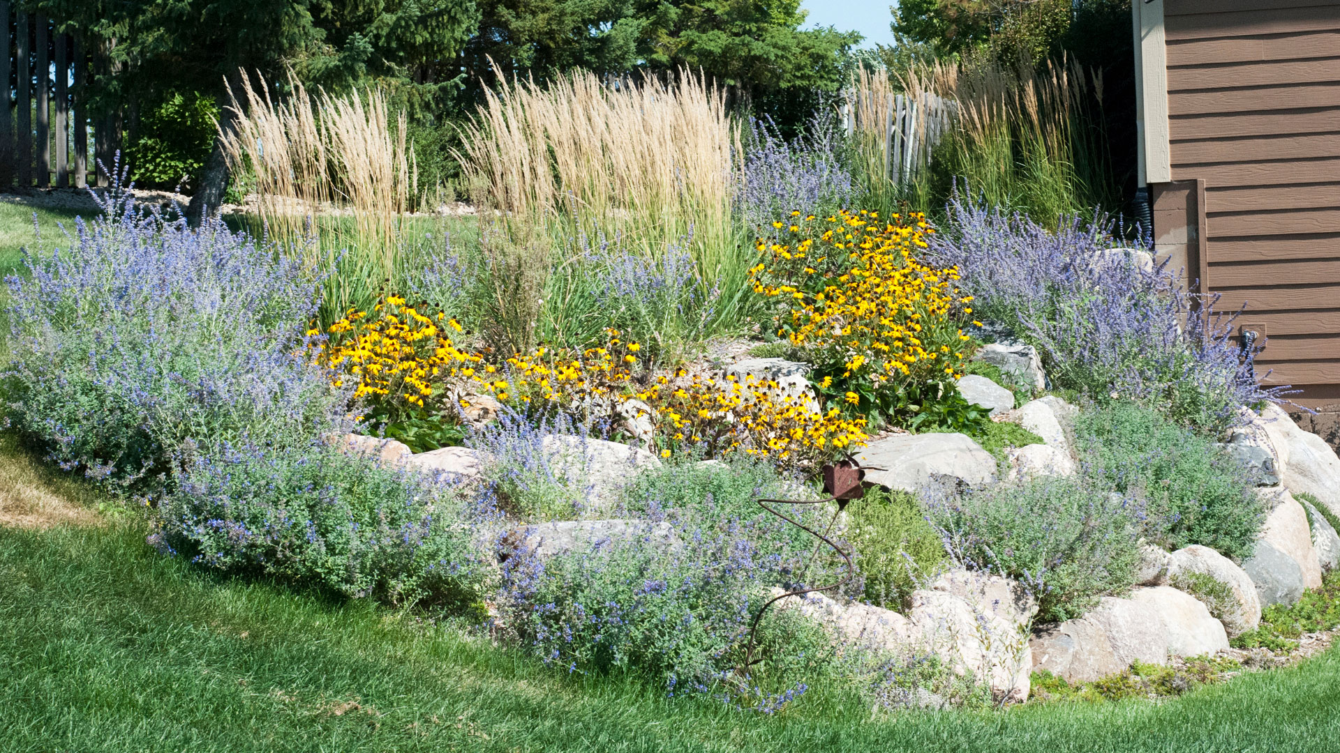 Garden Planting Landscaping Minneapolis